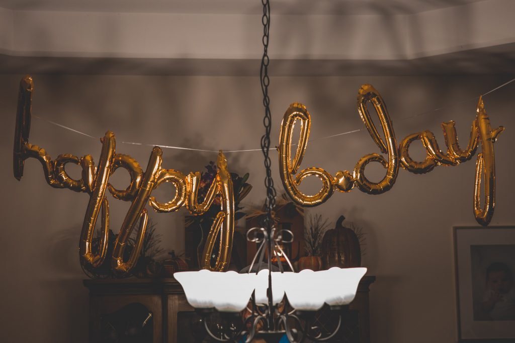 Surprise 30th birthday party ideas for her