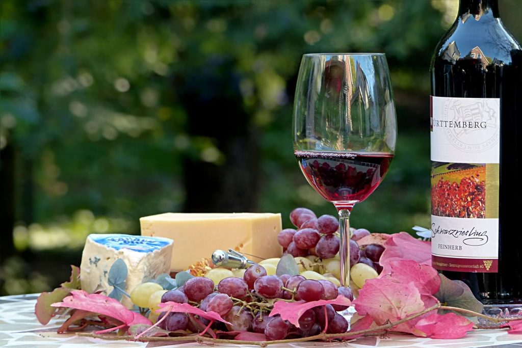 birthday-aprty-themes-for-adults-3-wine-and-cheese