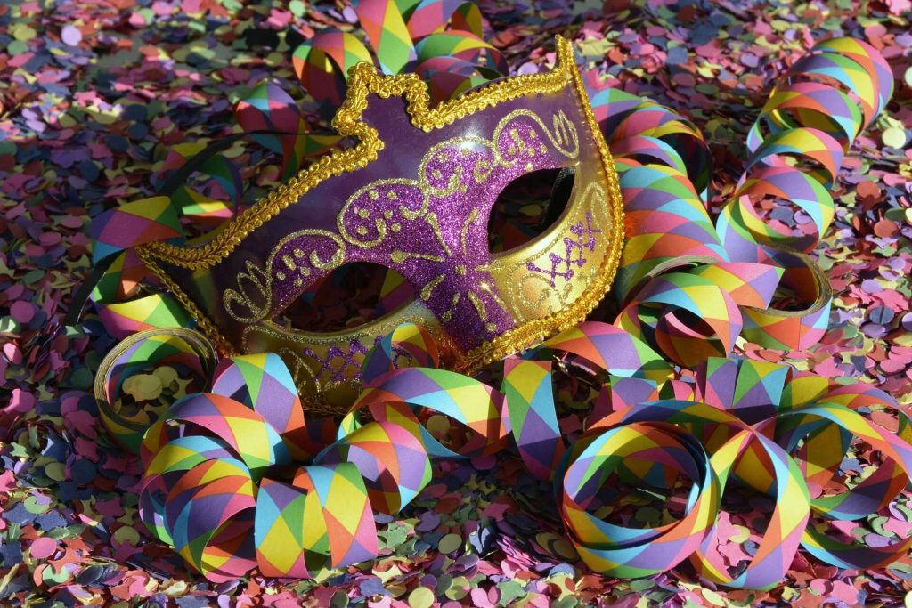 birthday-party-themes-for-adults-8-carnival