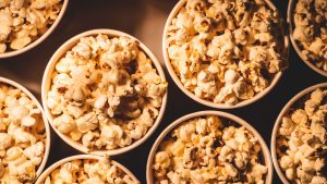 outdoor party ideas for adults movie night